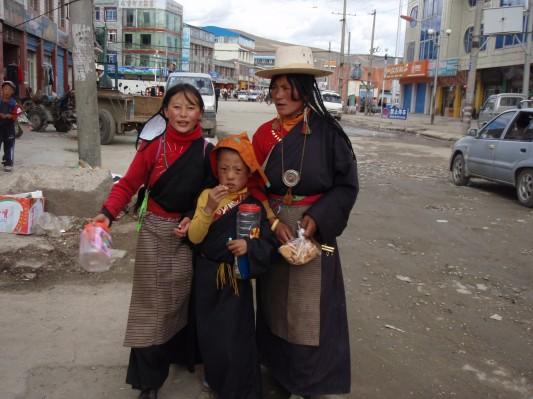 Tibetans in Litang