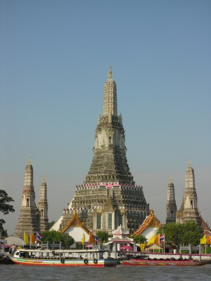 Bangkok, Stupa in Wat